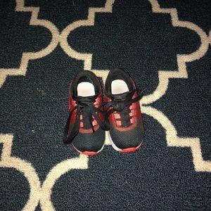 Toddler size Nike Airmax zeros